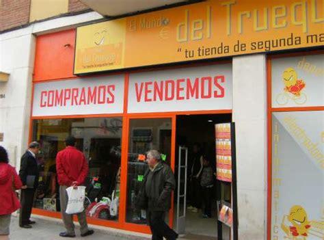 Boom  en Sevilla de las tiendas de segunda mano ...
