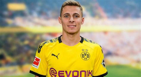 Borussia Dortmund contrata Thorgan Hazard, irmão de Eden ...