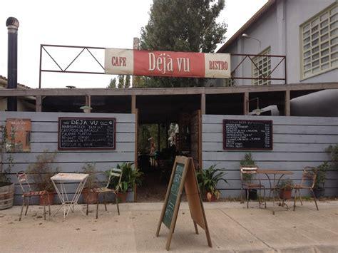 Botiga de mobles i restaurant a Corçà