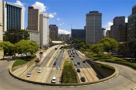 Brazil Central Bank Cuts Inflation, GDP Forecasts | Frontera