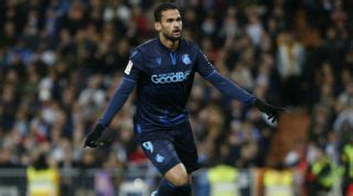 Brazilian striker Willian Jose due in London for talks ...