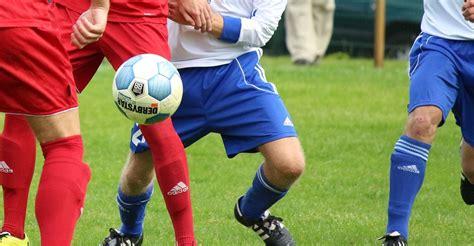 Breve historia del fútbol   Futbol gratis, Me duele, Historia