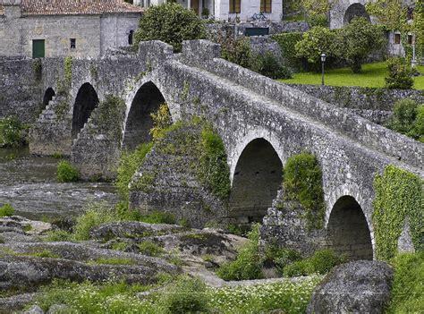 BRIDGE PONTE MACEIRA IN AMES A CORUÑA   GALICIA