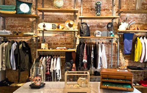Caballería | NOS projects | Loja de roupa, Vitrines de ...