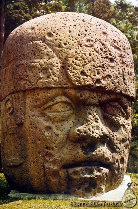Cabeza colosal. Cultura olmeca  México  | artehistoria.com