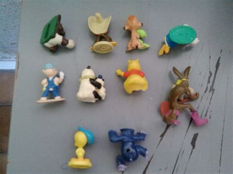 Cabezones Futbol Disney Looney Tunes Warner Trailers ...