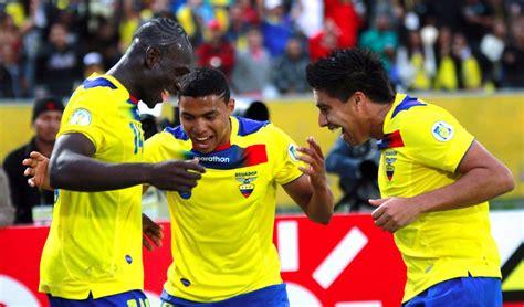 CABINA 14: ¿Es la selección ecuatoriana de fútbol una ...