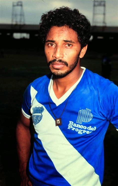 CABINA 14: Los 50 mejores futbolistas que vi jugar en Emelec