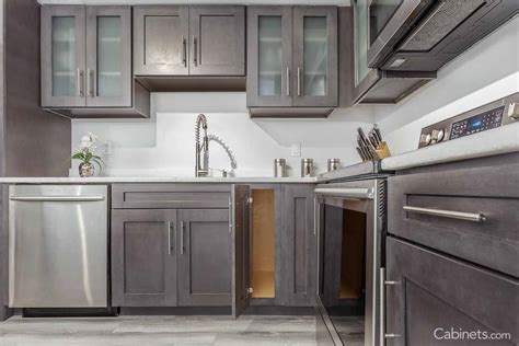 Cabinets.com   Kitchen Cabinets Online