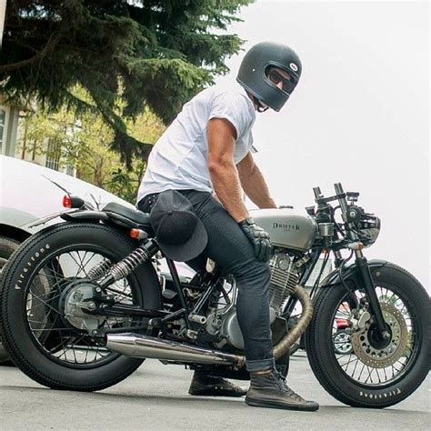 cafe racer style helmet   Google Search | Bikes ...