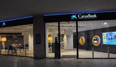 CaixaBank abre en Badajoz una oficina de su nuevo modelo Store