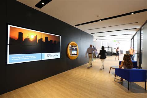 CaixaBank estrena en Ibiza un nuevo concepto de oficina ...
