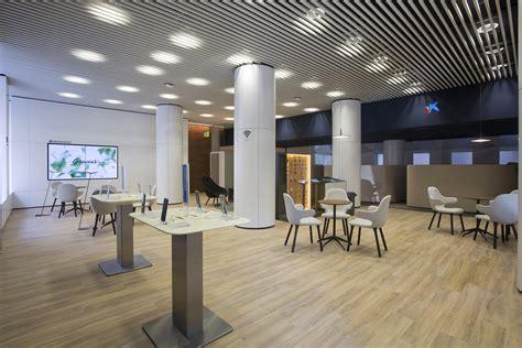 Caixabank implanta en Estella su nuevo modelo de oficina ...