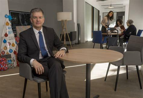 CaixaBank multiplicará por siete sus  Oficinas Store  en ...