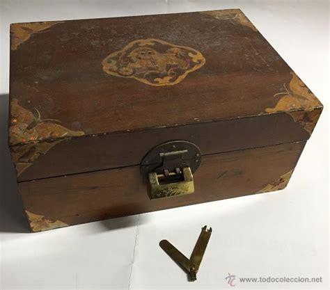 caja de madera con aplicaciones decorativas y c   Comprar ...