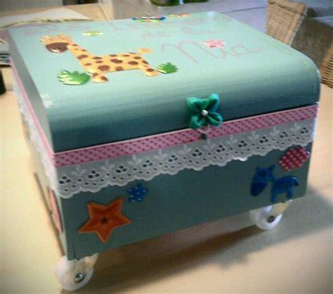 Caja de madera decorada para guardar recuerdos de bebé y ...