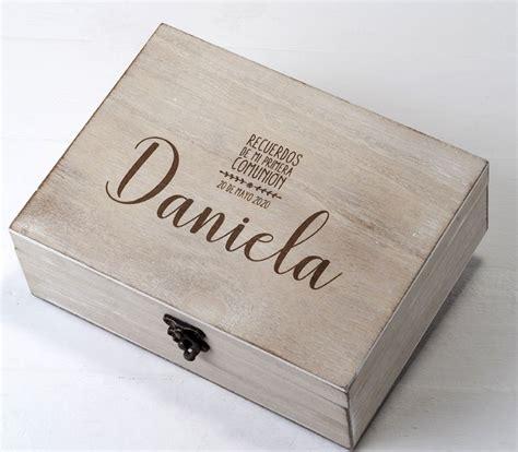 Caja de madera mi primera comunión  Regalos para ...
