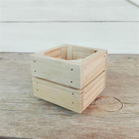 Caja de madera pequeña