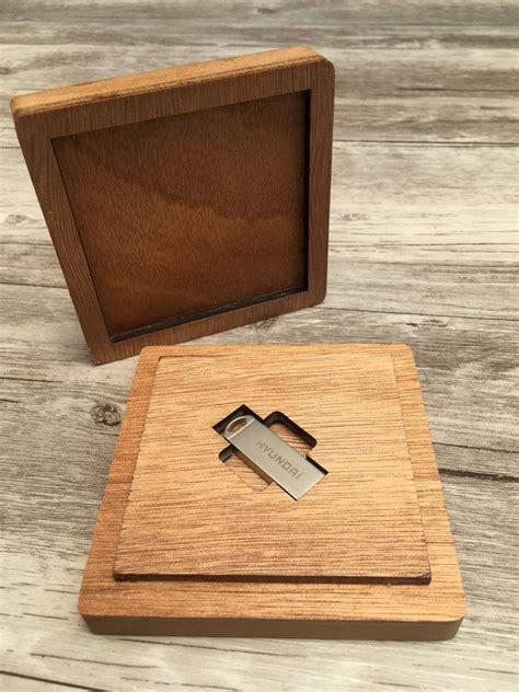 Caja De Madera Personalizada Para Usb   $ 250.00 en ...