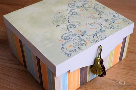 Caja de madera rayas naranja   Lola Granado