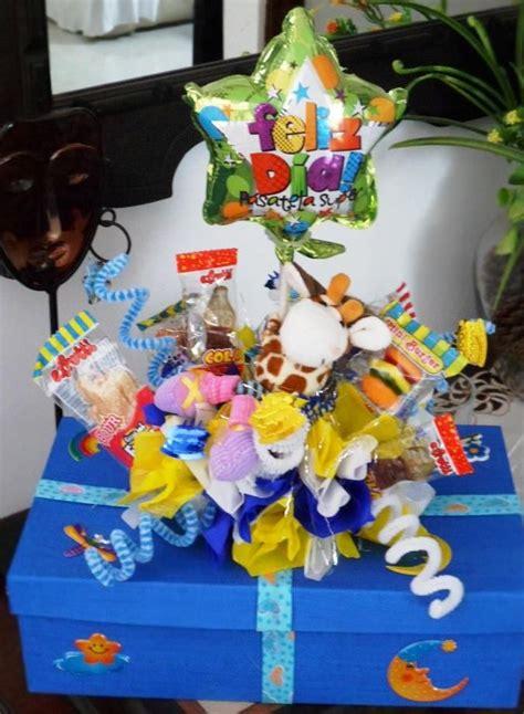 CAJA DE REGALO DECORADA   Cajas de regalo, Cajas decoradas ...