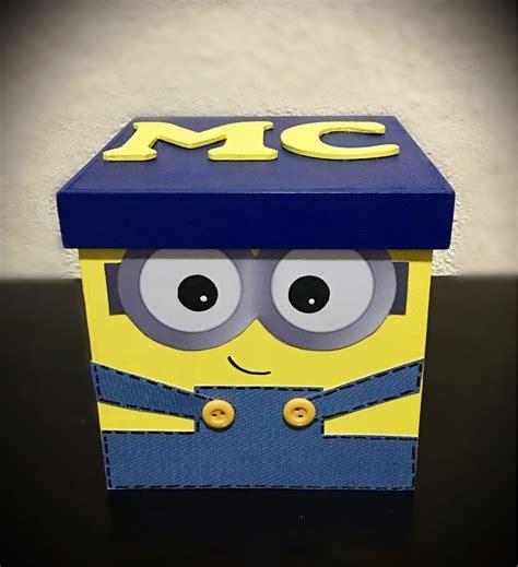 Caja decorada tema Minion   Cajas decoradas, Cajas de ...