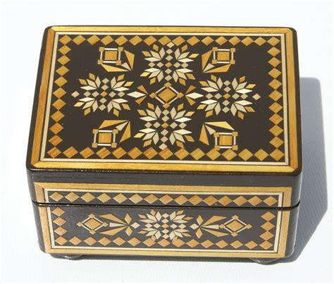Caja decorativa de madera, hecha a mano, tamano 10x7.5x6cm ...