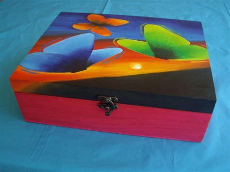 Caja joyero de madera, pintada a mano y personalizada ...