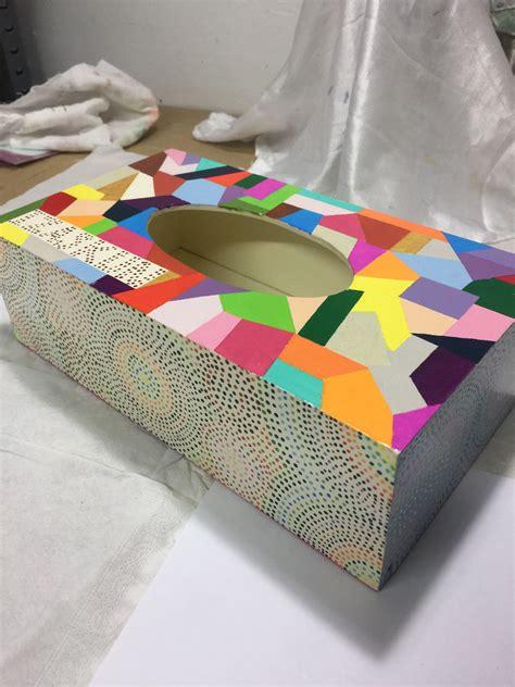 Caja madera decorada para guantes o pañuelos. Decorada con ...