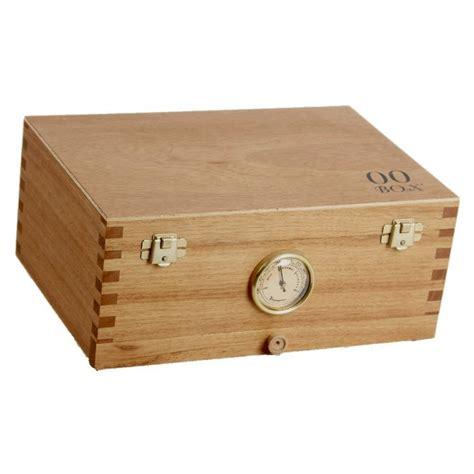 Caja pequeña en madera de cedro para el curado de la marihuana