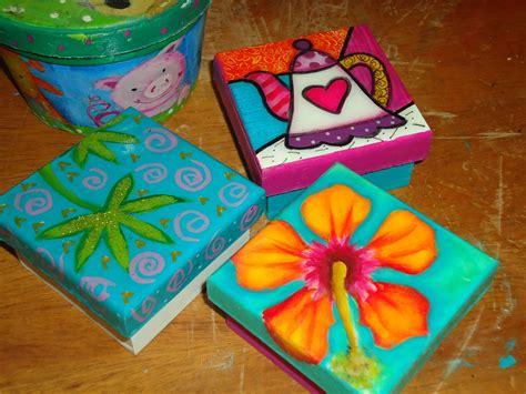 CAJAS EN MDF PINTADAS A MANO | Cajas pintadas, Cajas ...
