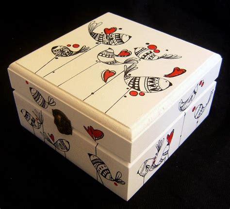 Cajas pintadas a mano una a una.... Acrílico sobre madera ...