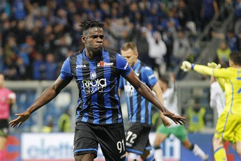 Calciomercato, le ultime notizie su Duvan Zapata: pronto ...