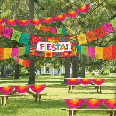 Caliente Fiesta Decorating Kit 4pc | Party City