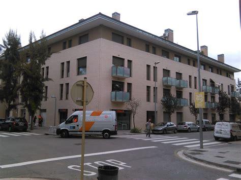 Calle Del Barcelones, 3, Cornellà de Llobregat — idealista