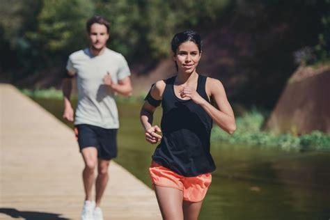 Calories Burned Walking vs. Running the Same Distance