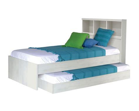 Cama canguro, consta de dos camas individuales en una y ...