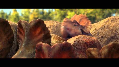 Caminando entre dinosaurios Trailer castellano HD   YouTube
