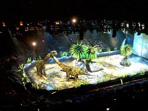 Caminando entre dinosaurios, un espectáculo impactante ...