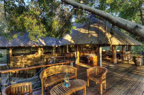 Camp Moremi | Moremi Game Reserve | Botswana Game Lodges