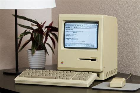 Can a 27 year old Mac Plus browse the web?   The Verge