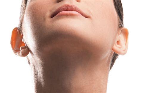 Câncer de laringe: os sintomas que auxiliam no diagnóstico ...