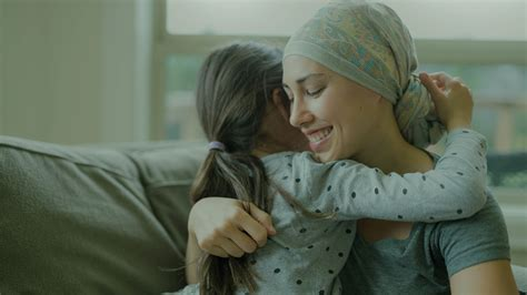 Câncer de mama: sintomas, tratamentos, causas e prevenção