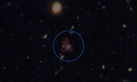 Captan luz azul en el espacio cerca del nacimiento del ...