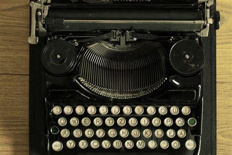 Características de la novela negra   Palabras Encantadas