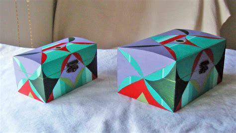 Carlos Rubio : Pareja de cajas de madera pintadas a mano