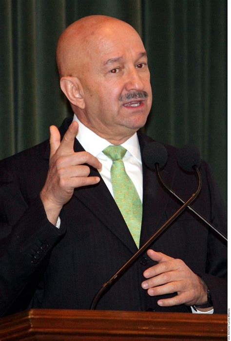 Carlos Salinas de Gortari regresa; este será su nuevo cargo