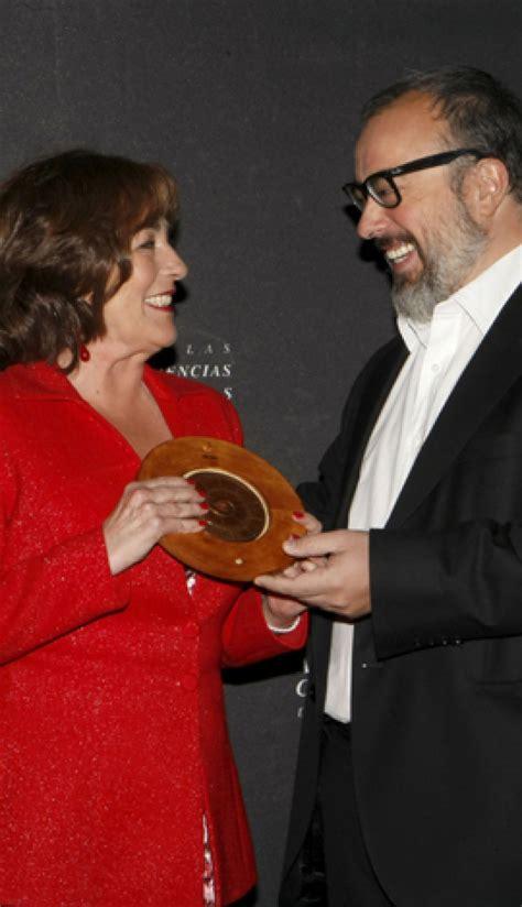 Carmen Maura recibe la Medalla de Oro de la Academia de Cine