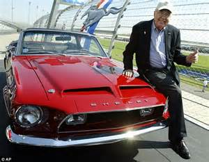 Caroll Shelby dead: Ashes of muscle car designer split ...