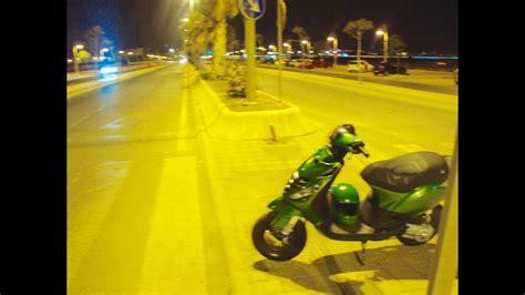 CARRERAS callejeras de MOTOS y COCHES en MÁLAGA   YouTube
